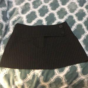 Short black and white pinstripe forever 21 skirt